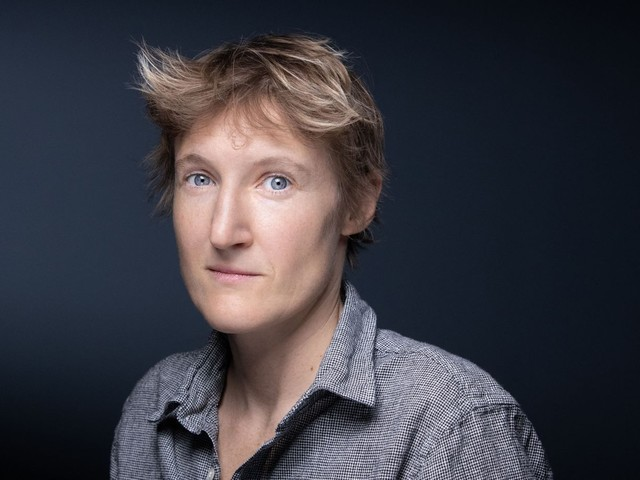 Alice Coffin veut compter les femmes dans les théâtres parisiens avant de les subventionner