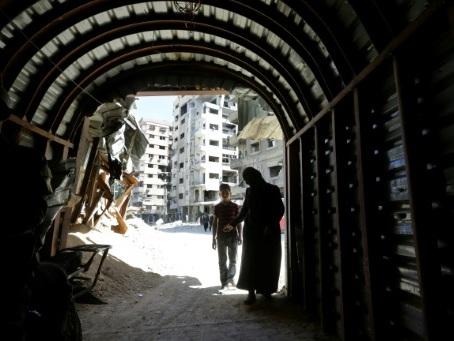 """""""The Cave"""", la vie d'un hôpital assiégé en Syrie au centre d'un documentaire"""