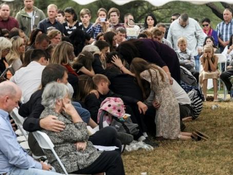 Mexique: Les Mormons en colère, enterrent leurs derniers morts