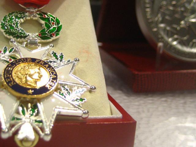 Trois personnalités marocaines décorées de la Légion d'honneur