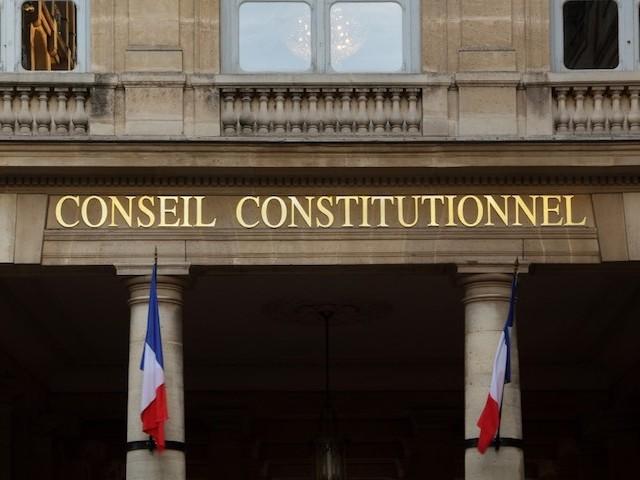 Covid-19 : le Conseil constitutionnel valide le délit de violation du confinement