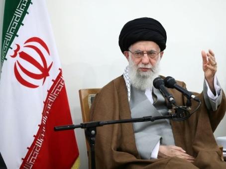 Iran : le sermon de l'ayatollah Khamenei à la prière du vendredi