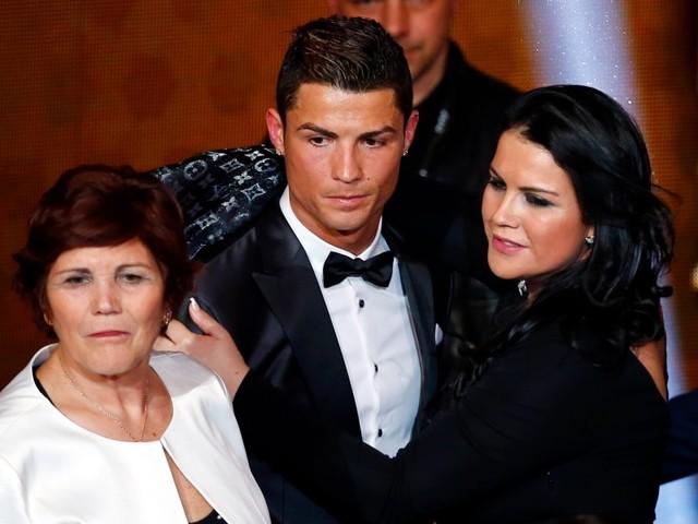 Quand la soeur de Ronaldo s'en prend à Van Dijk