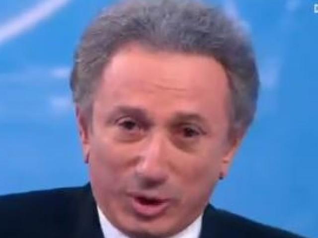 """Michel Drucker en pleurs en rendant l'antenne sur France 2: """"Tu aurais pu vivre encore un peu Johnny"""""""
