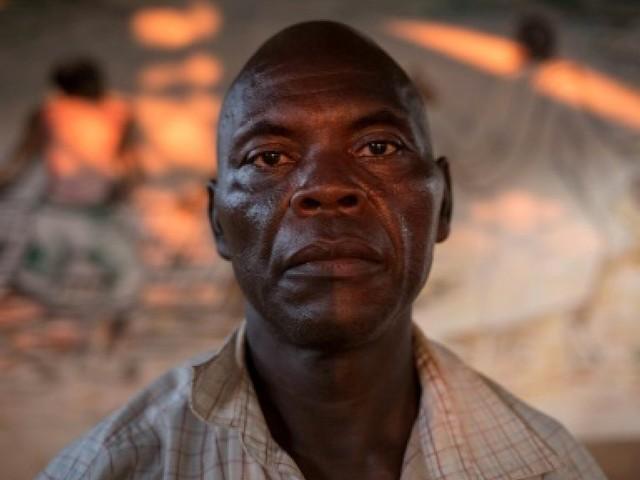 """""""J'étais parmi les cadavres"""": après un massacre en Centrafrique, un survivant témoigne"""