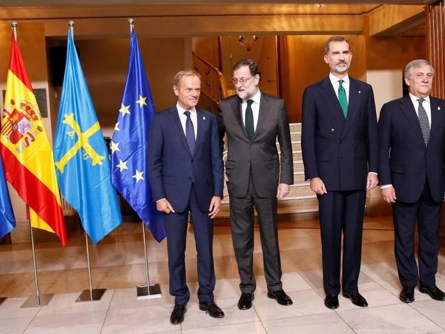 Crise en Catalogne: l'Espagne retient son souffle