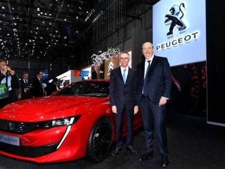Le marché automobile français retombe après une envolée artificielle