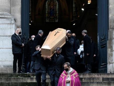 """Dernier adieu à Claude Brasseur, l'homme et l'acteur """"qui aimait la vie effrontément"""""""