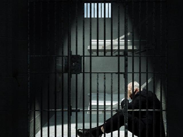 """Ces chansons qui font l'actu. """"Le Mitard"""" de Trust, une pédagogie sur la prison ?"""