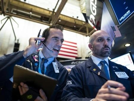 Wall Street, encouragée par le commerce, ouvre en hausse