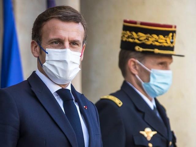 """""""Il n'est pas question de déconfiner"""" affirme Emmanuel Macron à deux jours de son allocution à la télévision"""