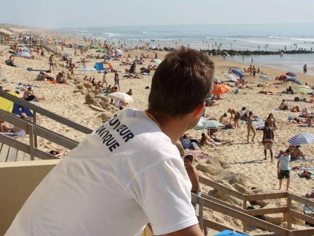 Gironde : les stations du littoral recrutent des sauveteurs nautiques pour l'été prochain