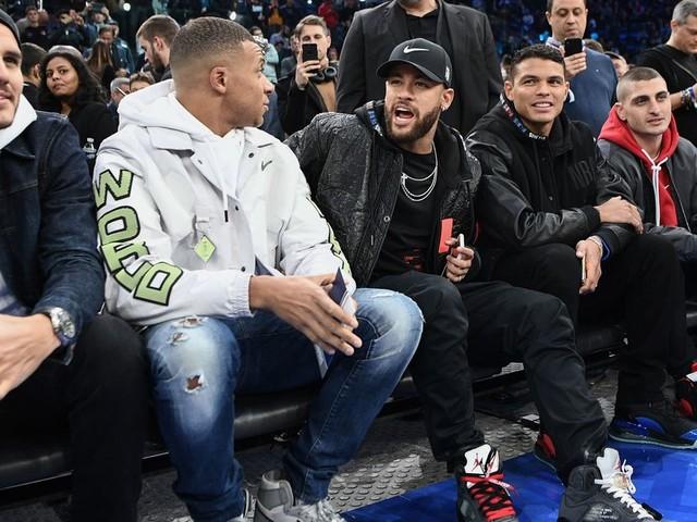 Le 1er match de NBA à Paris a réuni des stars aussi dans les gradins