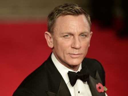 Daniel Craig fait commandant de la Royal Navy... comme son personnage 007