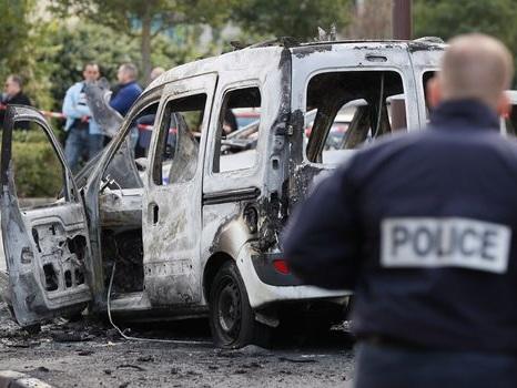 """Policiers brûlés à Viry-Châtillon: """"Avec ce verdict, la loi des quartiers l'a emporté"""""""