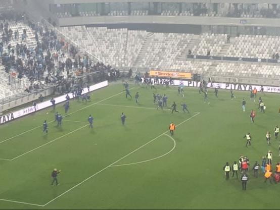 Foot - L1 - Des affrontements entre supporters évités à Bordeaux
