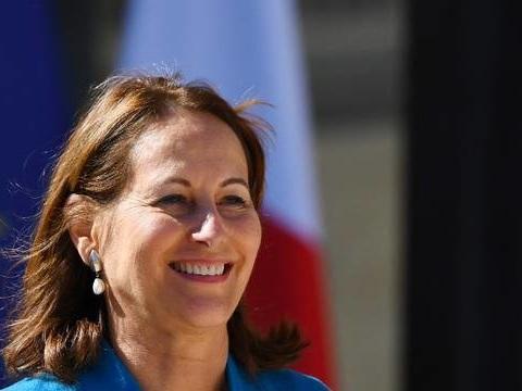 Ségolène Royal crée une association politique pour «une troisième voie» entre Macron et Le Pen