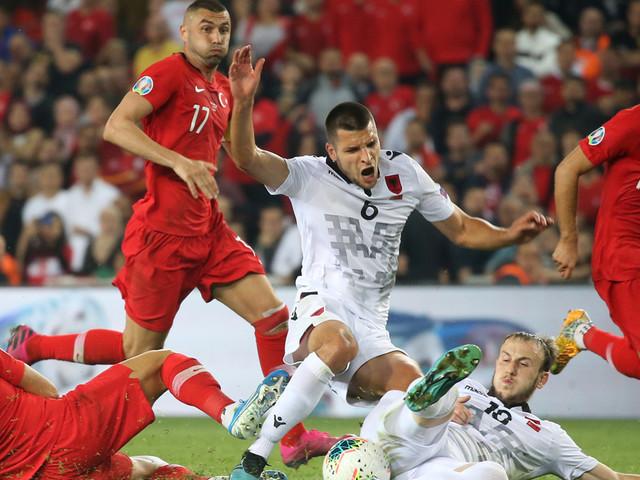 Euro 2020 : des politiques appellent à annuler le match France-Turquie