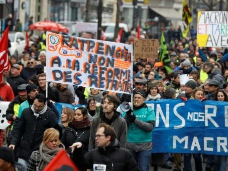 Retraites: quatrième journée de mobilisation pour réclamer un retrait