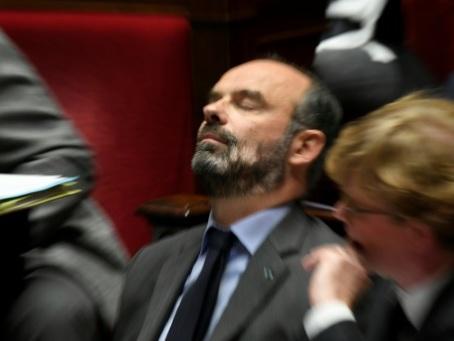 Retraites: Edouard Philippe à l'épreuve du feu