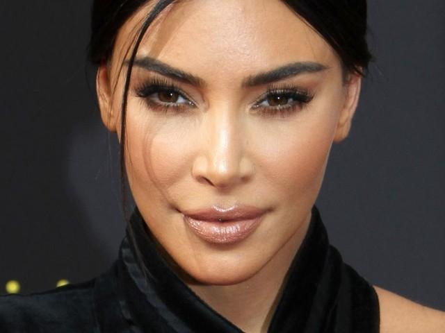 Kim Kardashian au naturel : elle dévoile les ravages de sa maladie de peau !