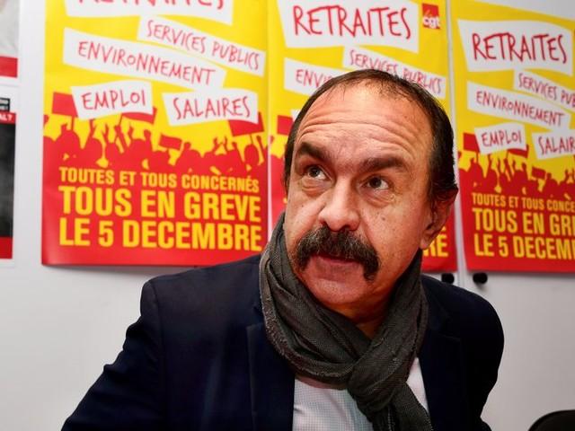 """Le patron de la CGT appelle """"tous les Français"""" à se mettre en grève"""