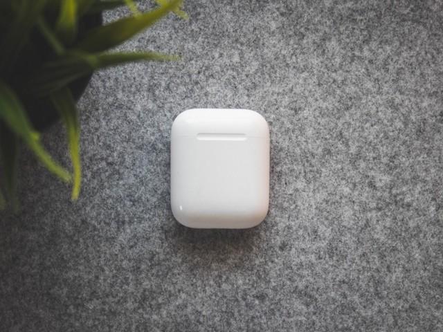 Apple AirPods 2 : vous pouvez économiser 40 euros avant le Black Friday
