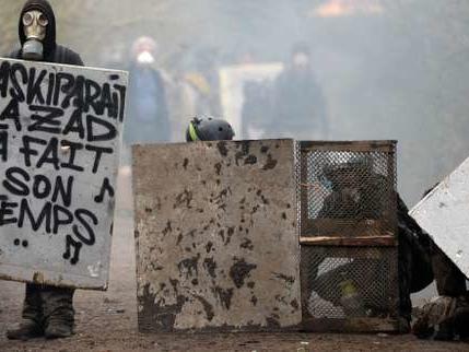 Notre-Dames-des-Landes: début des opérations de déblaiement sur la ZAD