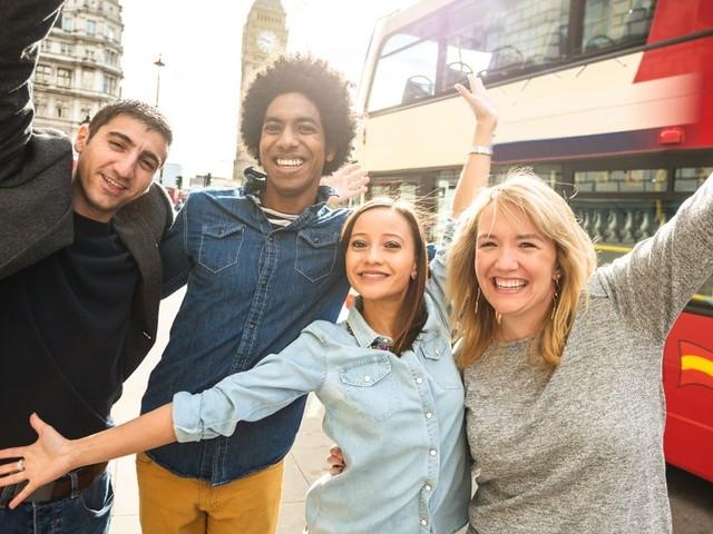 Brexit: les étudiants étrangers bientôt autorisés à rester 2 ans au Royaume-Uni après l'obtention de leur diplôme