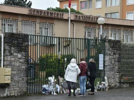 Attaques de l'Aube: Trèbes se recueille à la mémoire des victimes