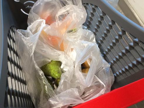 1 MILLIARD de sacs plastique encore utilisé chaque année en Belgique: comment changer cette mauvaise habitude?