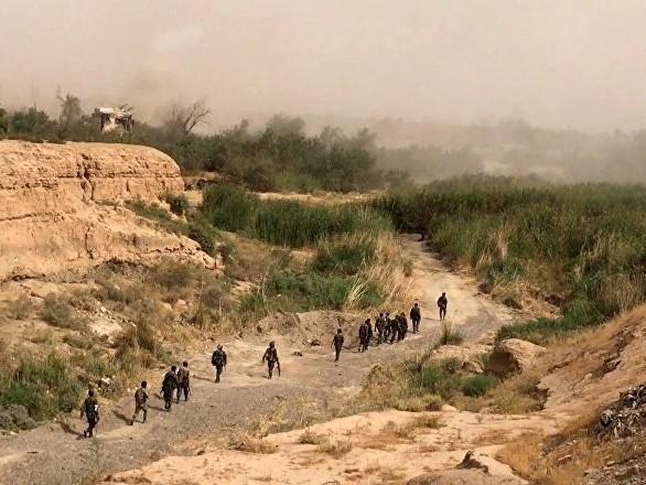 Une base militaire US «illégale» visée par des assaillants non identifiés en Syrie