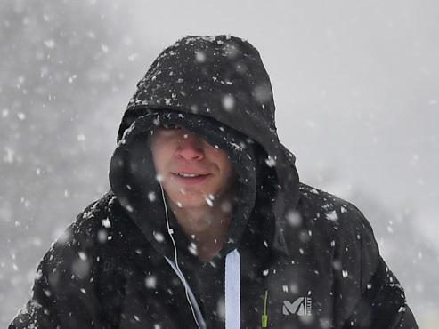 Météo: neige fondante et pluie traversent le pays