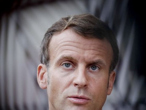 """""""Président cambrioleur"""" : le livre pour comprendre cet inconnu nommé Macron"""