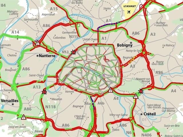 Lundi noir : 631 km de bouchons suite aux grèves, record battu en Ile-de-France