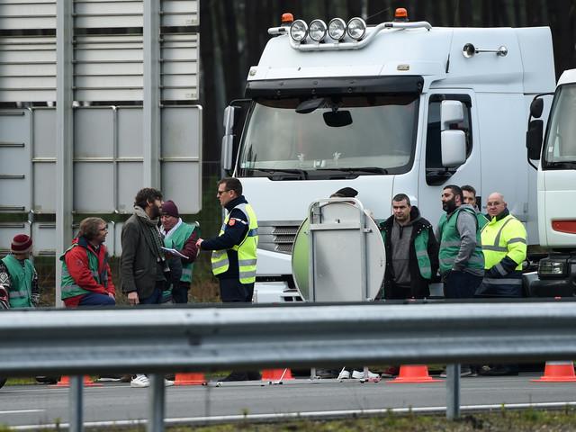 Les routiers protestent contre la hausse du gazole