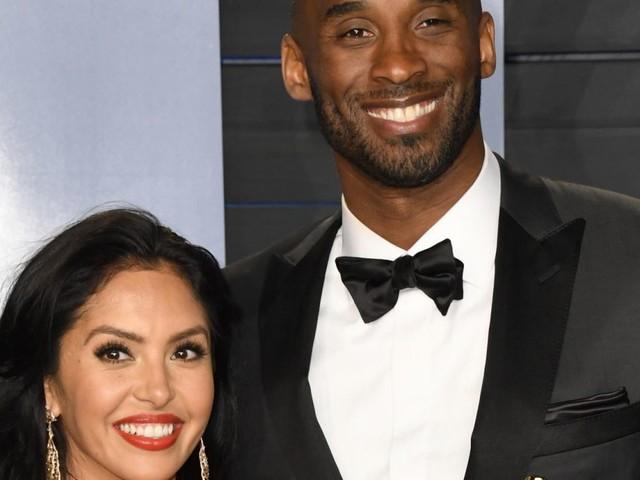 """Mort de Kobe Bryant : sa femme Vanessa essaie d'être """"forte"""" pour leurs filles"""