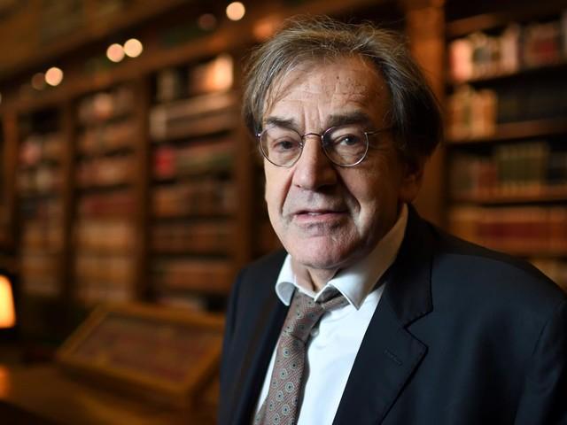 """Gilets jaunes"" : Alain Finkielkraut victime d'insultes antisémites"