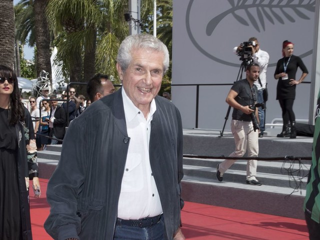 Claude Lelouch explique pourquoi il a filmé pendant l'hommage populaire à Johnny Hallyday