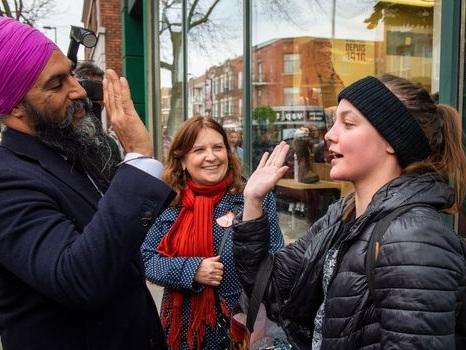 Jagmeet Singh, symbole d'un Canada multiculturel, veut s'imposer sur la scène nationale