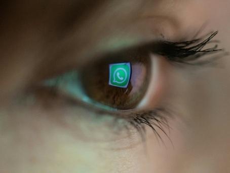 Vie privée: Bruxelles veut redoubler d'efforts sur les services comme WhatsApp