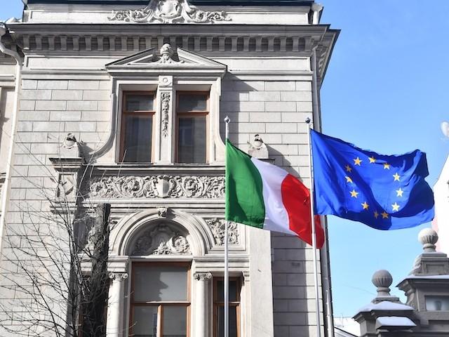 Avec le coronavirus, l'hostilité envers l'Union européenne atteint des sommets en Italie