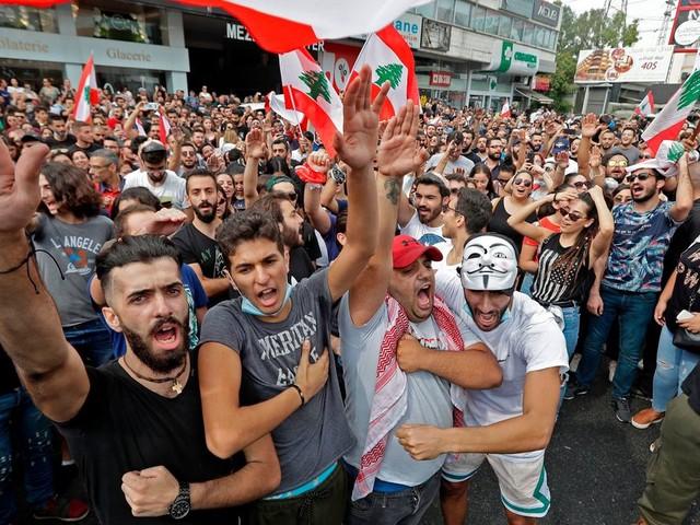 Face aux manifestations, le gouvernement libanais retire sa proposition de taxer les appels VoIP