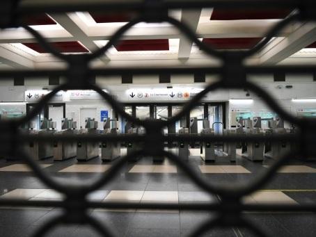 Grèves: l'inquiétude monte chez les commerçants, restaurateurs et professionnels du tourisme