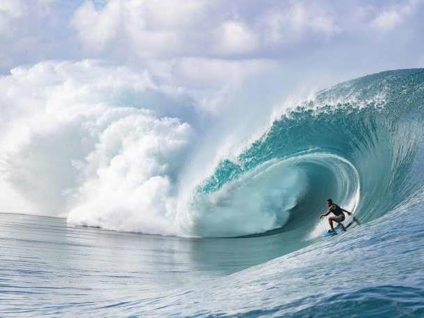 Jeux olympiques 2024: les épreuves de surf auront lieu à Tahiti