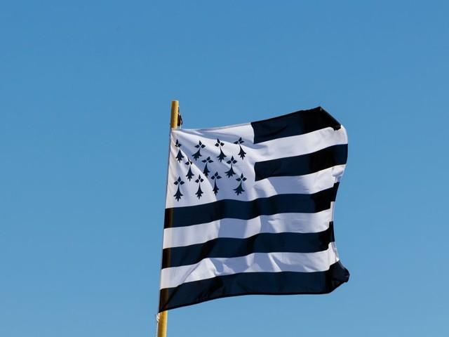 Le drapeau breton a son émoji en test sur Twitter