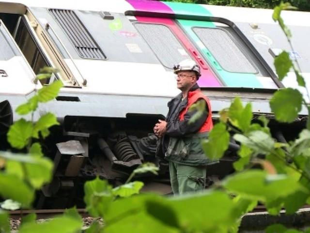Intempéries: accident d'un RER, 18 départements en alerte orange