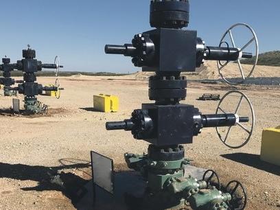 Le pétrole à 20 dollars: fortement endetté, le géant du schiste Occidental se met au régime sec