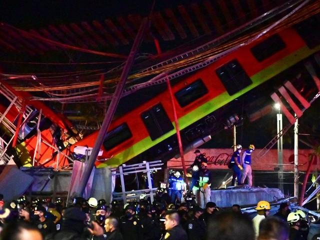 À Mexico un pont s'effondre au passage du métro, au mois 13 morts