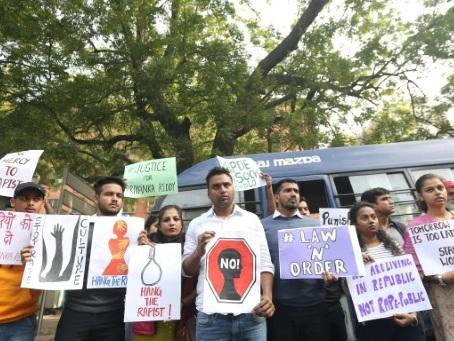 L'Inde révulsée par un nouveau cas de viol collectif suivi d'un meurtre